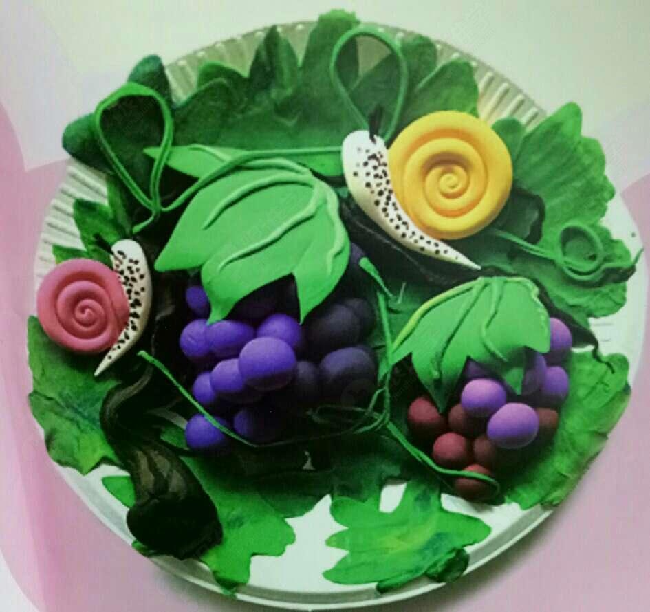 粘土创意手工《葡萄熟了》